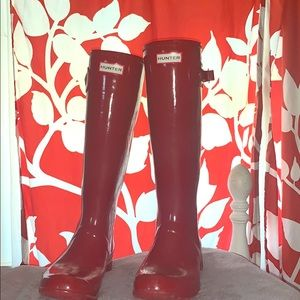Size 9 tall red hunter boots